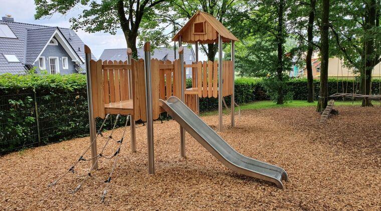 Novum playground Germany, Wermelskirchen 17.jpg