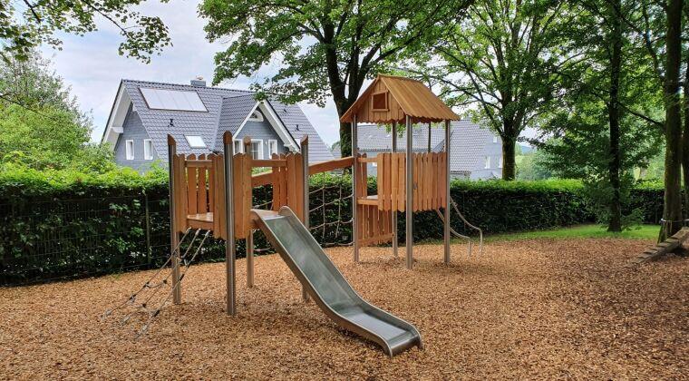 Novum playground Germany, Wermelskirchen 18.jpg